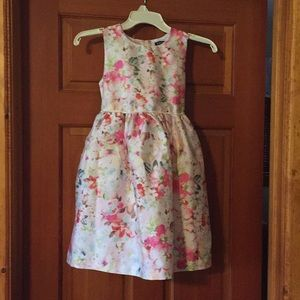 Sleeveless floral dress size 8